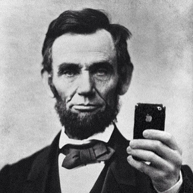 http://info.fieldagent.net/hs-fs/hub/413765/file-1532348670-jpg/blog-files/Lincoln-selfie.jpg